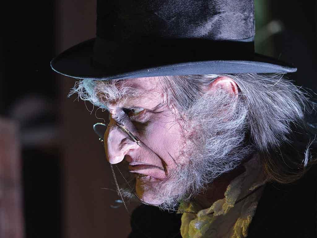 Ebenezer Scrooge von die Weihnachtsgeschichte